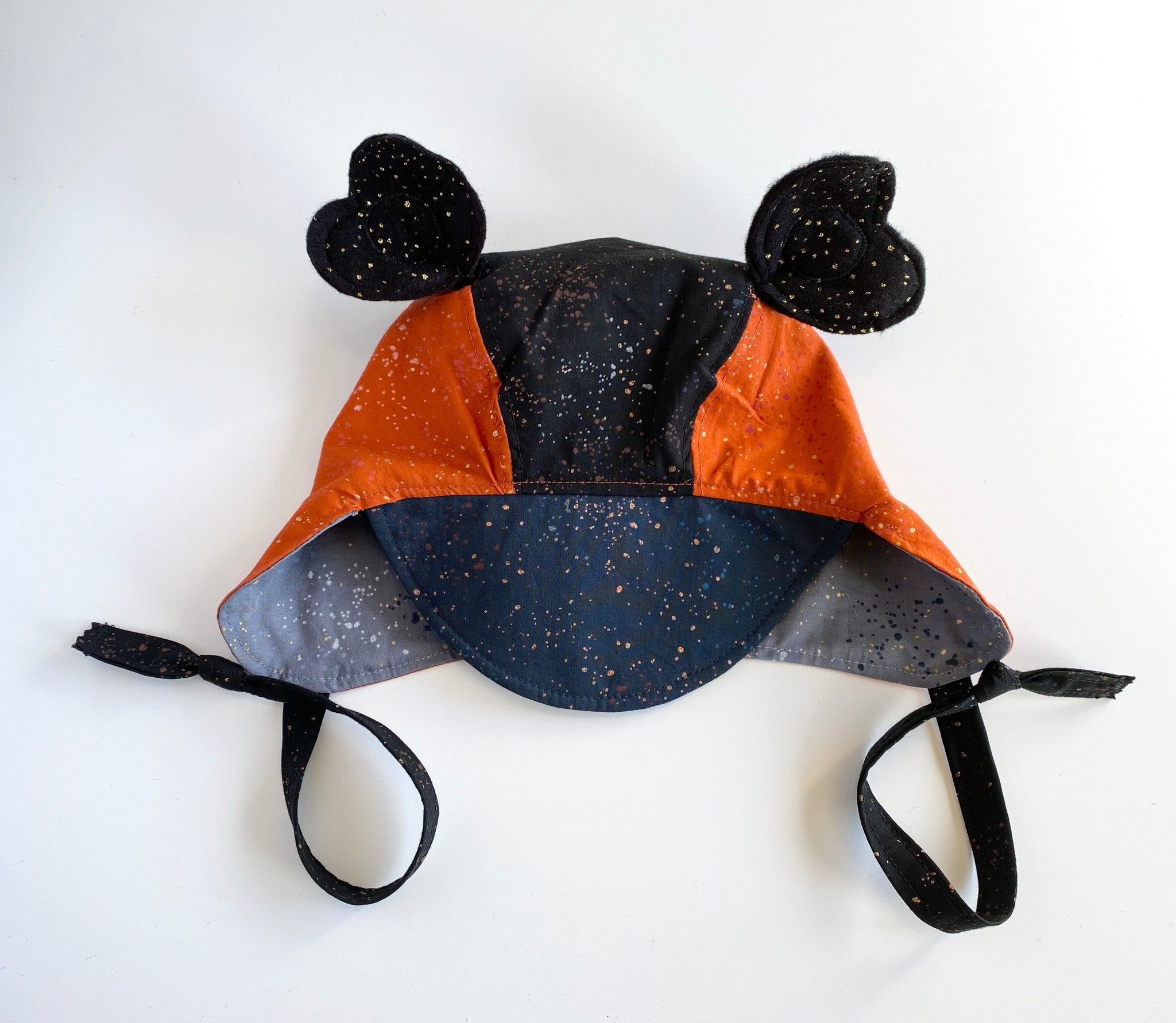 Reversible Heirloom Bonnet - Midnight Speckled