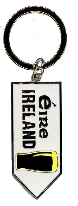 KRRS3 Pint Ireland Road Sign Key Ring