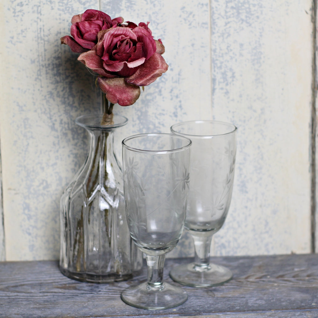 Champagne Glass - Etched flowers - Homeware Store