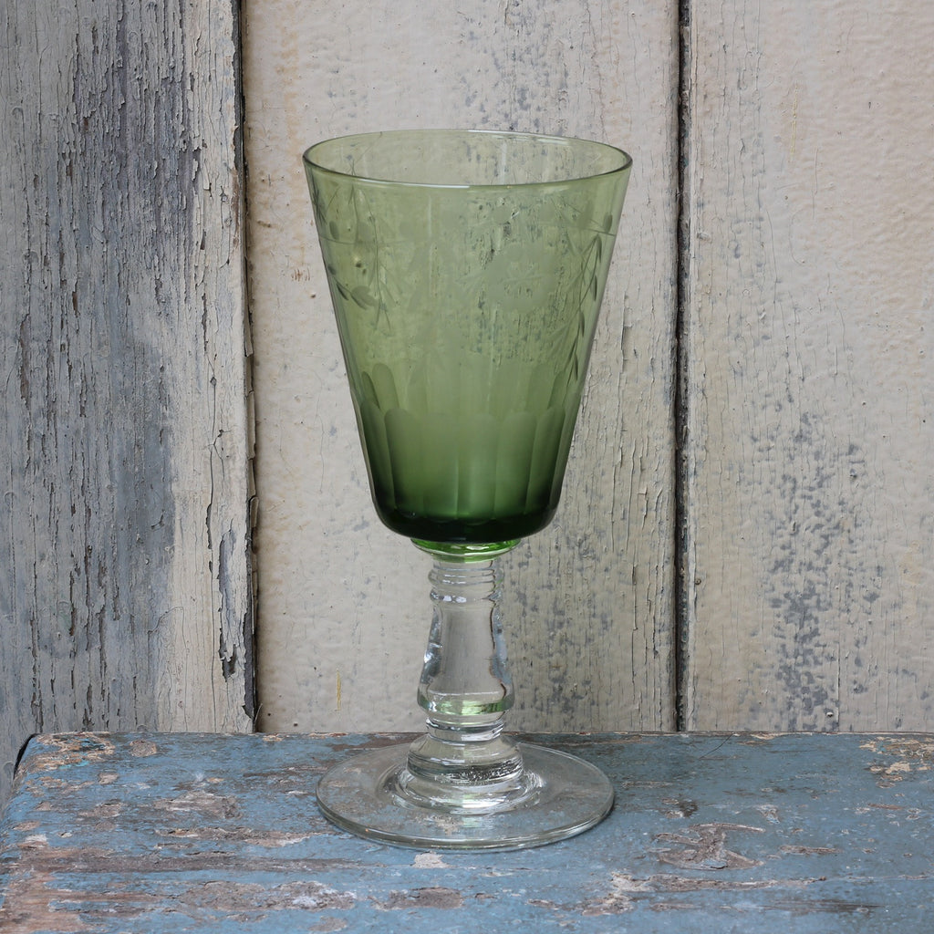 Etched wine glass, green - Closet & Botts