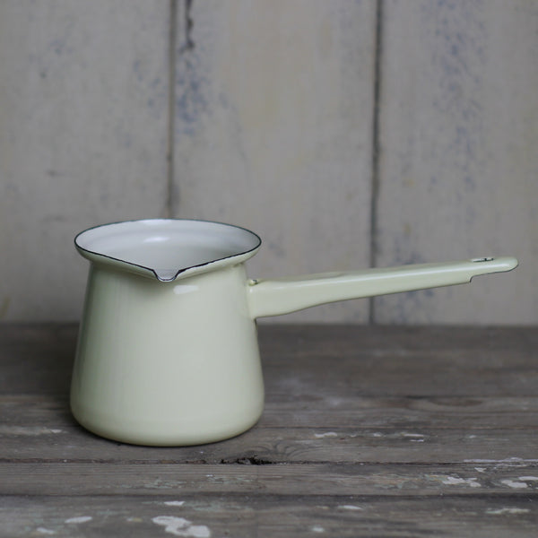 Enamel Milk Pan - Cream
