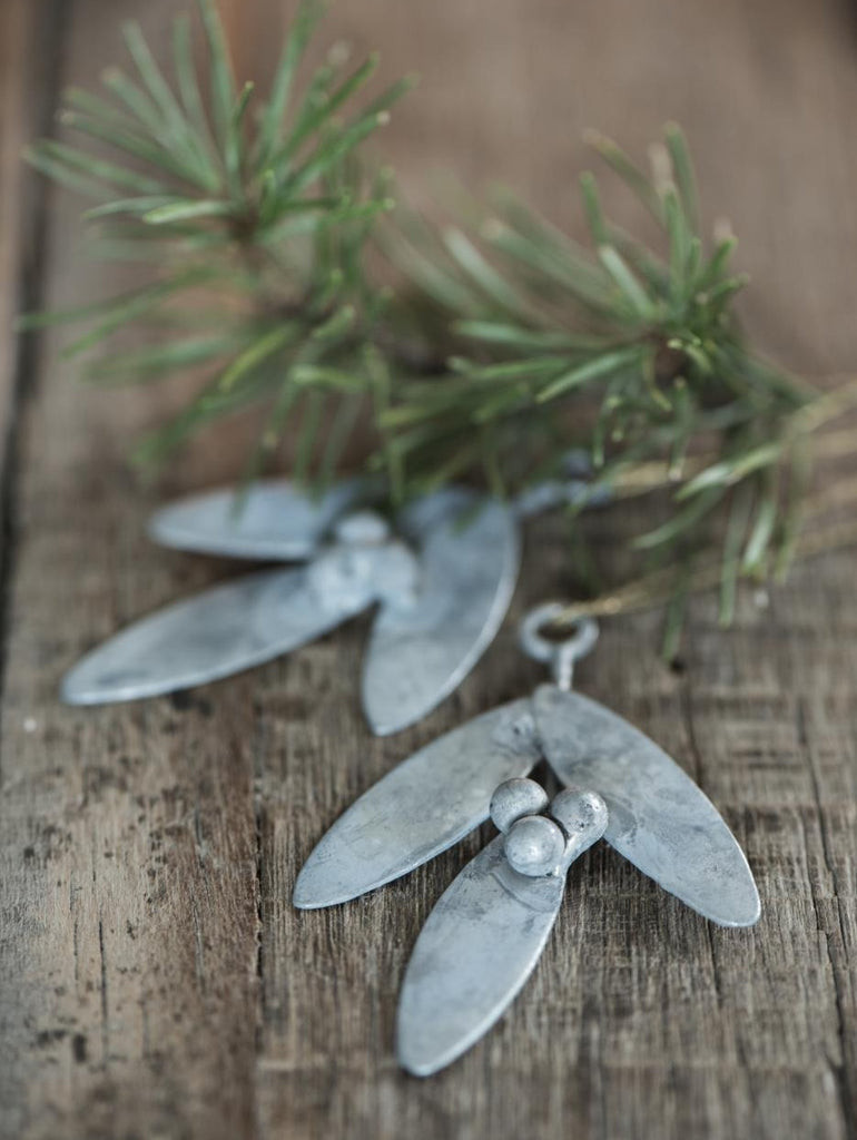 Zinc Mistletoe Decoration
