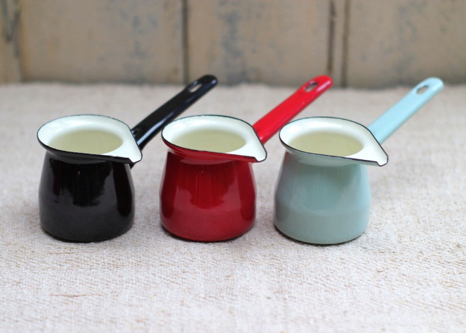 Small Enamel Creamer - Black - closetandbotts