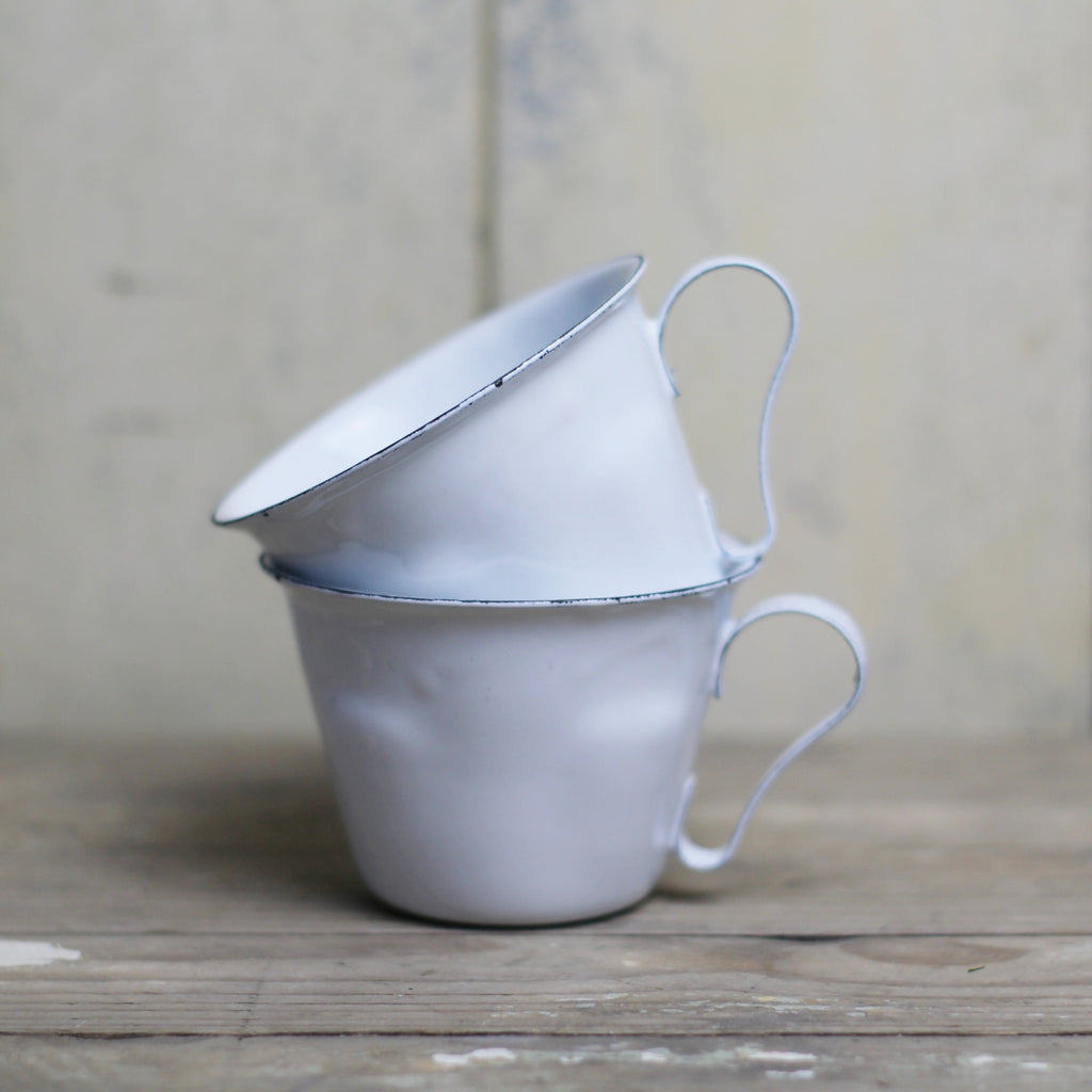 White Enamel Tea Cup - closetandbotts