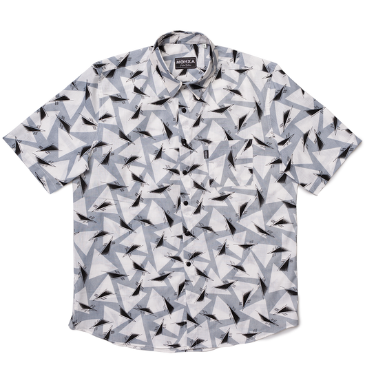 triangulation in grey label shirt