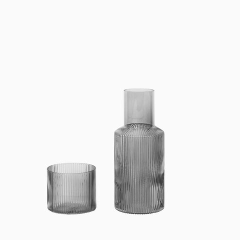 Ferm Living Ripple Carafe Set Small - Smoked Grey