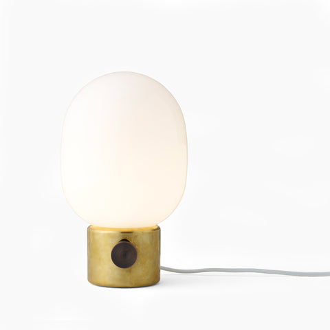 Menu JWDA Brass Lamp