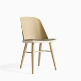 Menu Synnes Chair Oak Leather