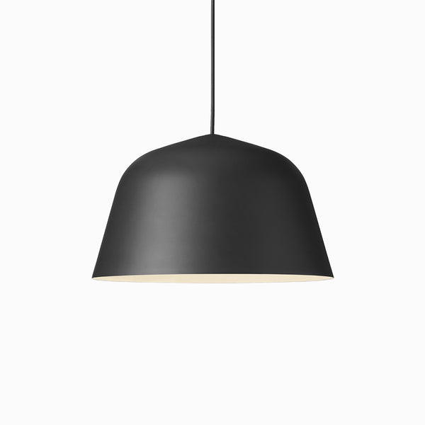 Muuto Ambit ø40 Black Arrival Hall