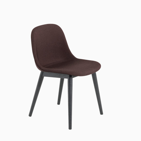 Muuto Fiber Side Chair Wood Base Remix 373 Black