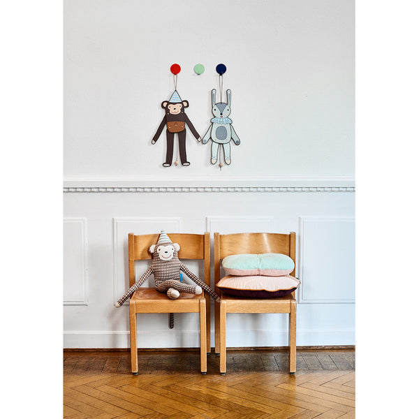 OYOY Mr Nelsson Monkey Cushion Display