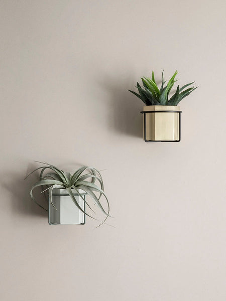 Ferm Living Wall Plant Holder (black)