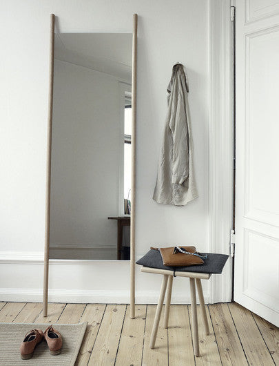 Skagerak Georg Stool Display