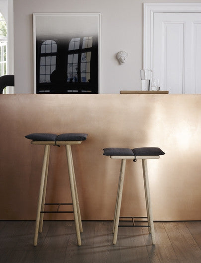 Skagerak Bar Stool Display