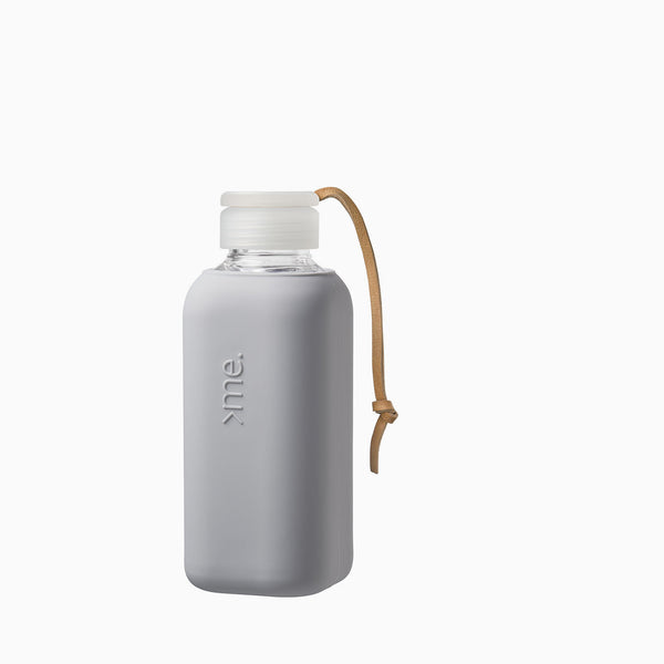 SquireMe Y1 Glass Bottle Concrete