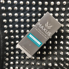 Maxus Nails Non toxic strengthener for weak, damaged nails.