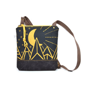 Moonbeam Weekdayer Crossbody Purse