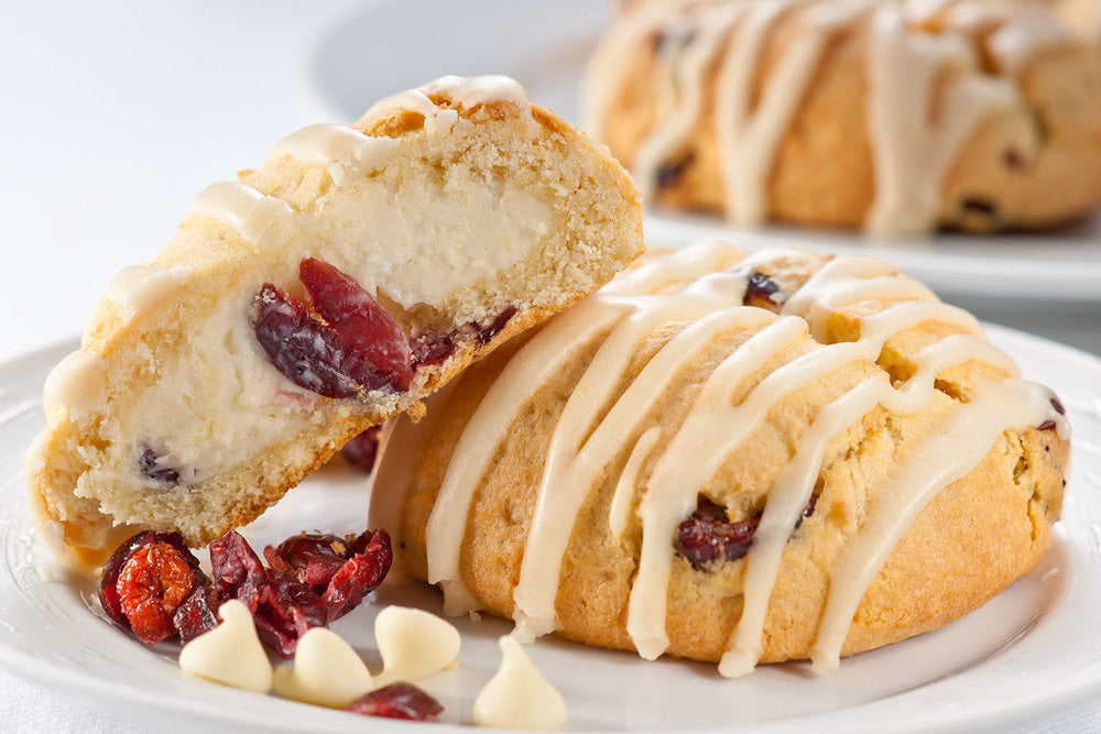 6 Warm Cranberry White Chocolate Bomb