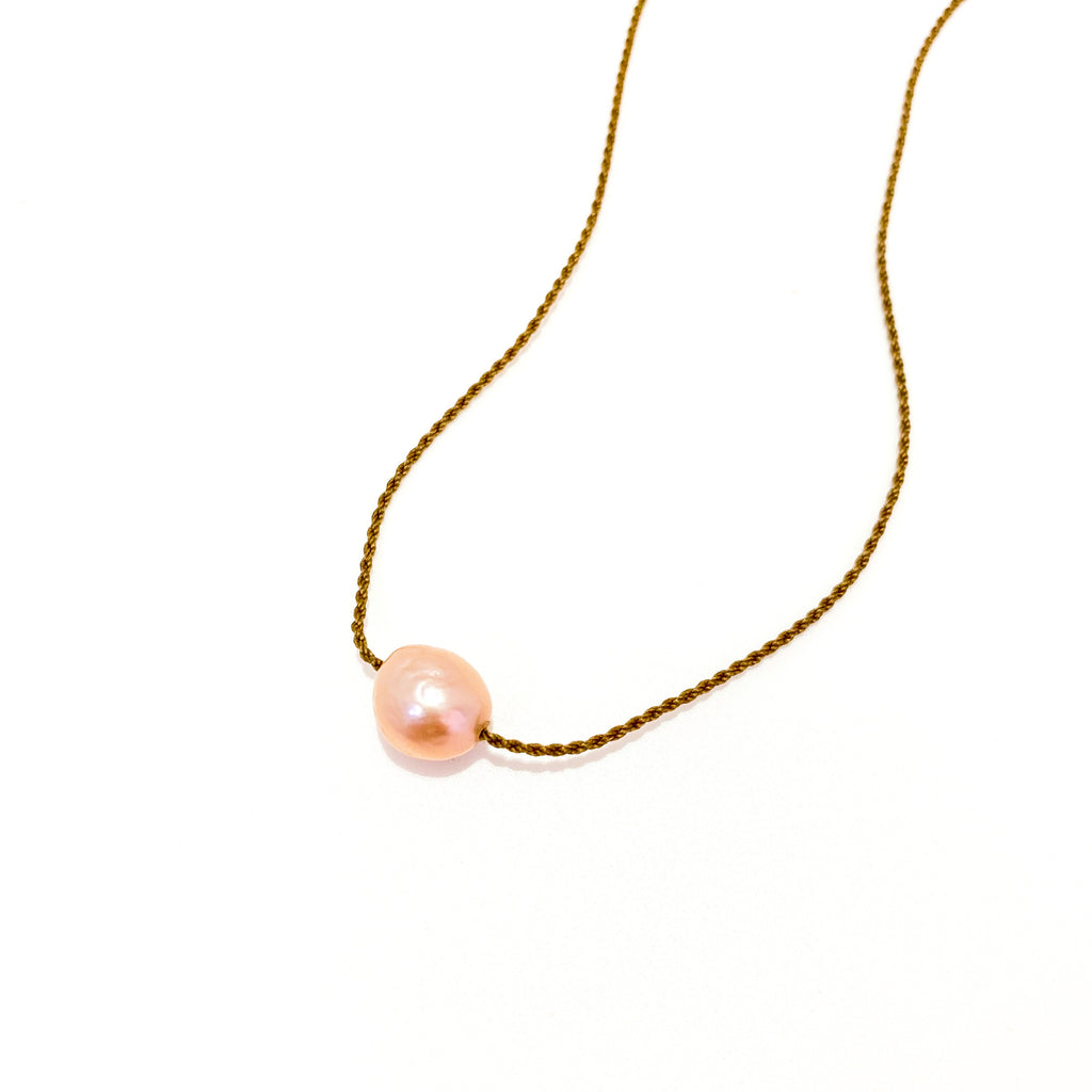 Freshwater Single Blush Pearl Classic