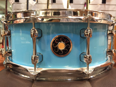 Sakae Snare Drum Maple Righty Halo - (Sonic Blue)