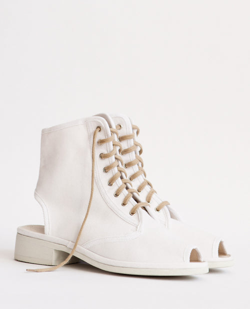 Garbo White Cotton Boot