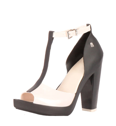 Bite Pump in Black & White by Melissa