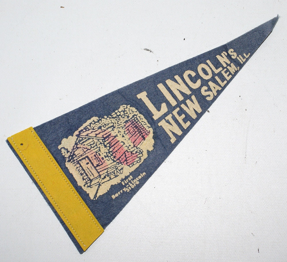 "Vintage 9"" Felt Souvenir Pennant LINCOLN'S NEW SALEM, ILL - BERRY-LINCOLN STORE - Continental Hobby House"