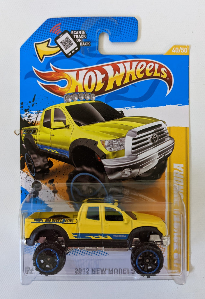 2012 HOT WHEELS 1:64 '10 TOYOTA TUNDRA 40/247 Yellow Diecast Toy Truck 40/50