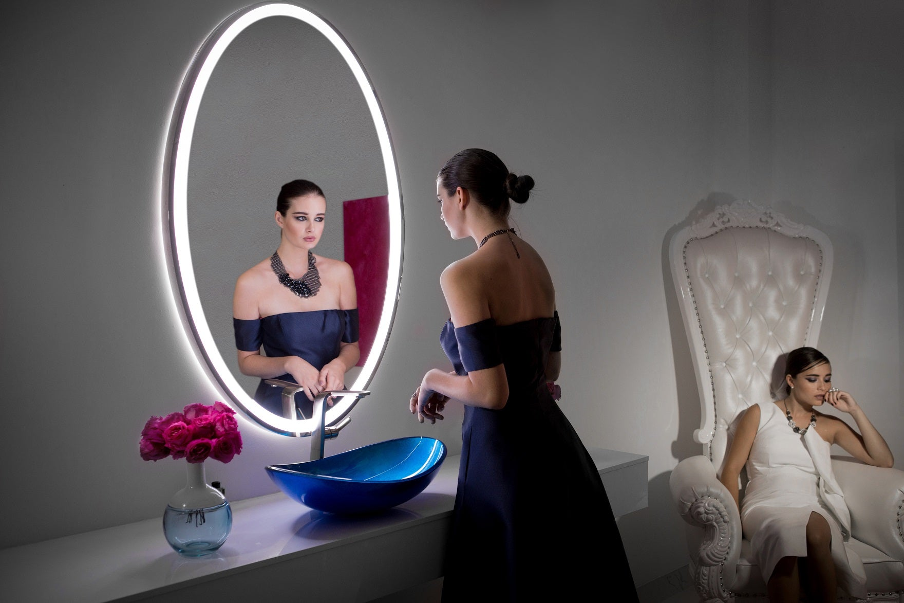 Dimmable Led mirror Galaxy Oval 30 X 48