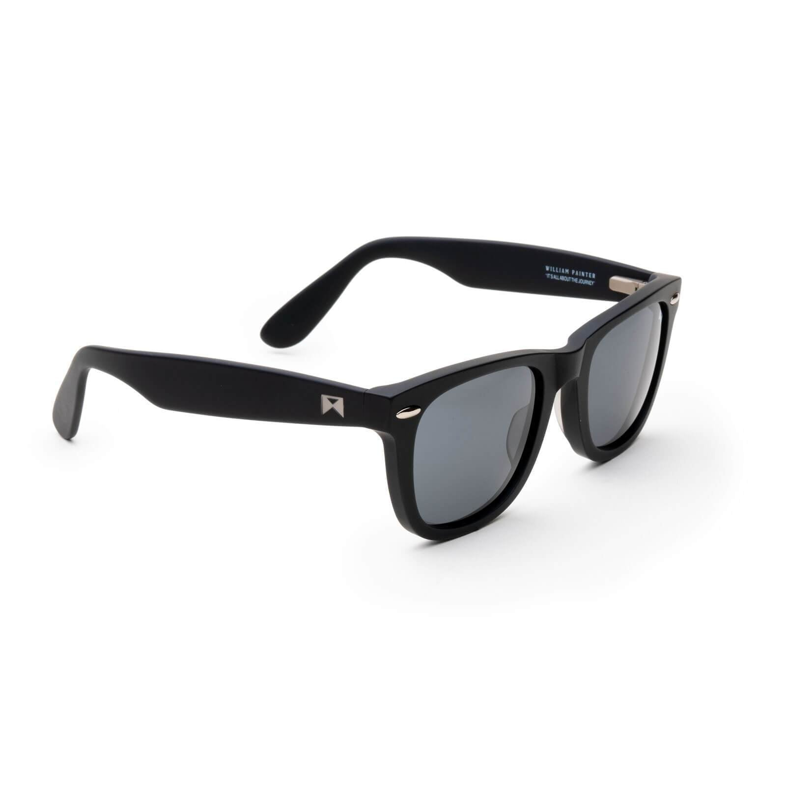angle Polarized / Black Non-Polarized / Black