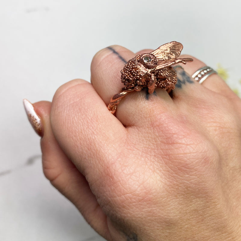 Tilted Wings Bee Ring