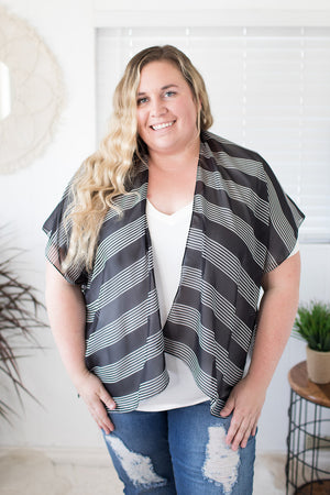Black & White Striped Kimono (One Size)