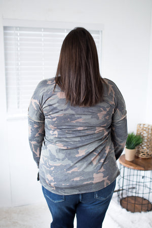 Camo Contrast Seam Button LS (SM-XL)
