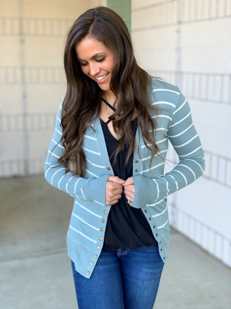Lt Green Ivory Striped Snap Front Cardigan (SM-3X)