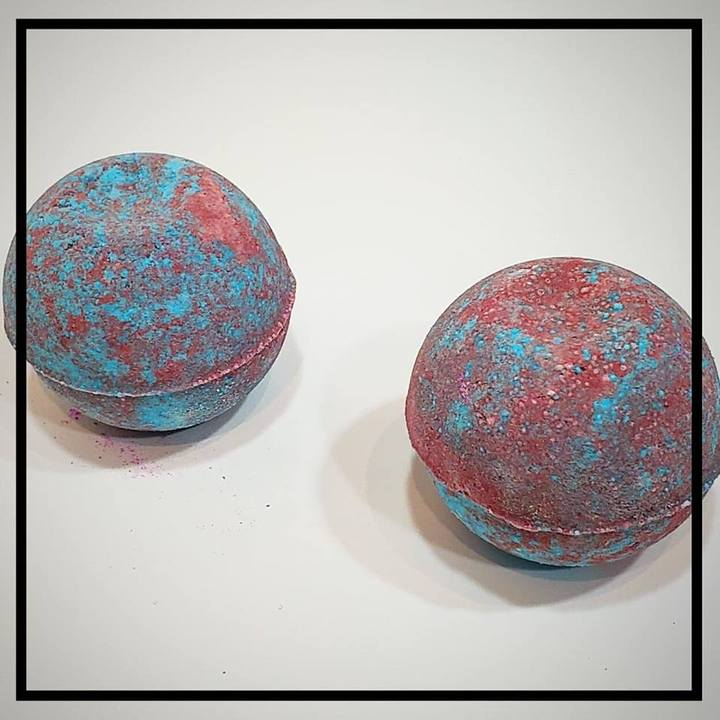 Bombshell Bath Bombs
