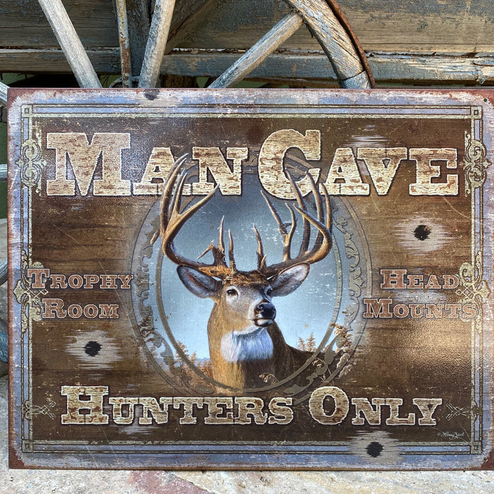 Vintage Look Mancave / Man Cave Hunters Only Metal Sign Tin Tacker