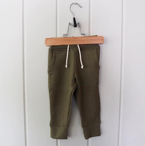 Bamboo Fleece Pocket Joggers in Olive