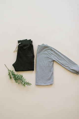 Pocket Joggers in Heathered Forest