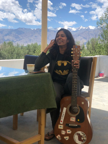 lalitha-with-guitar
