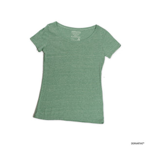 2017 color of the year green scoop neck tee, best 2017 2018 fashion trends