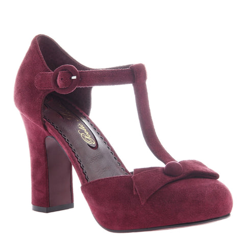 ELEVATED FAIRYTALE in CHERRY Closed Toe Pumps