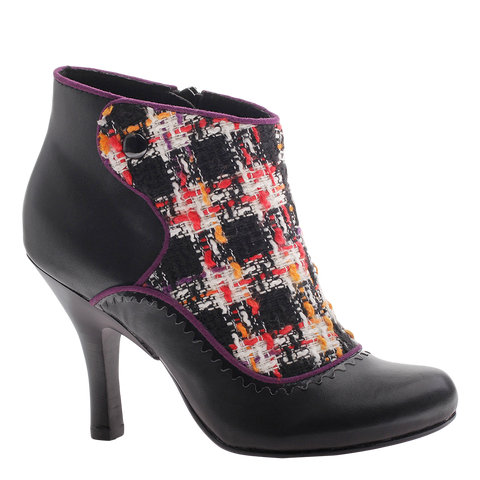 Poetic Licence, Game Plan, Black, Bootie pump