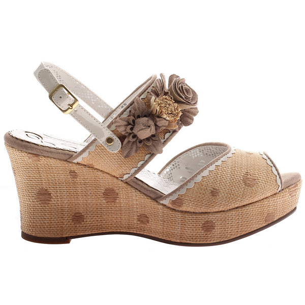 PASSING TIME in BOXWOOD Wedge Sandals