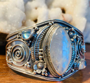 Lunar Seer Moonstone Goddess Cuff - Floating Lotus