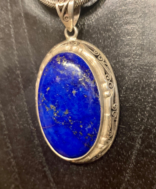 Regal Lapis Pendant - Floating Lotus