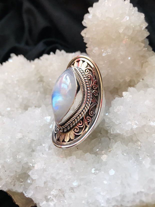 Eye of The Divine Moonstone Ring