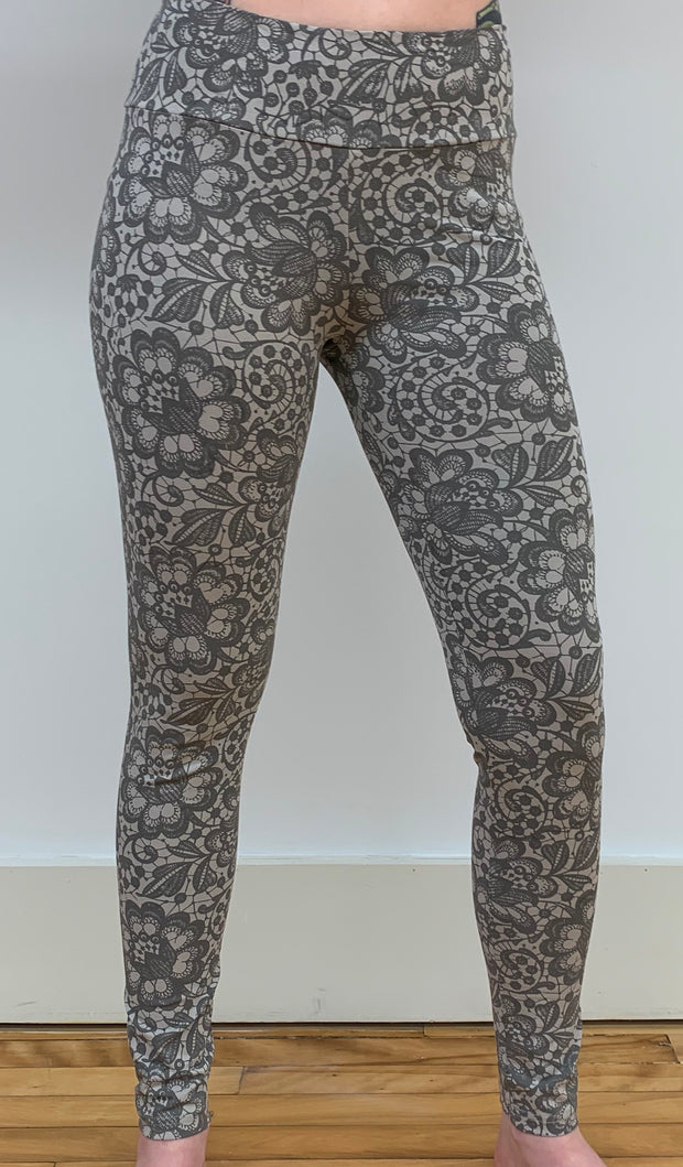 Organic Cotton Printed Leggings - Floating Lotus
