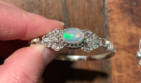 Opal Bracelet - Floating Lotus