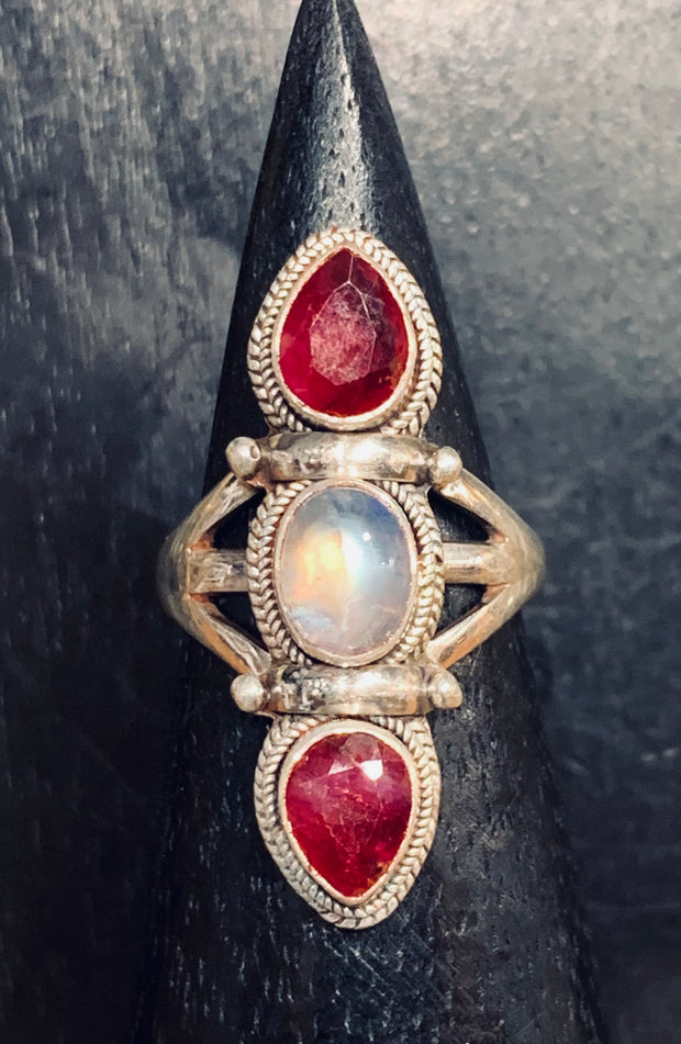 Lustrous Moonstone and Ruby Ring