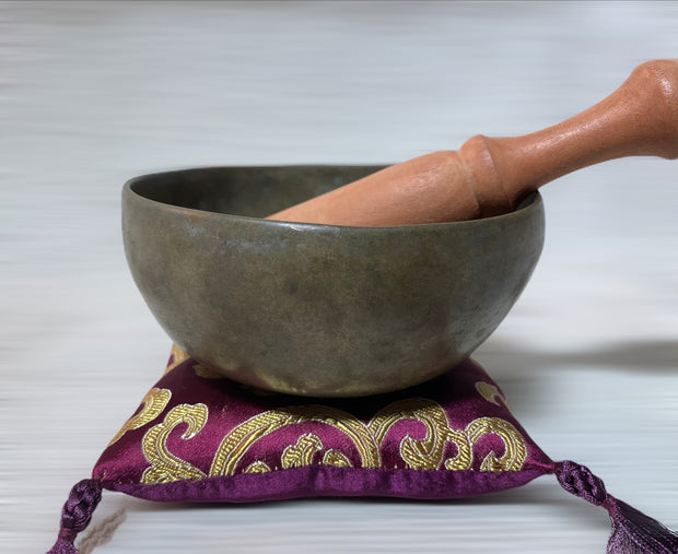 Antique Crown Chakra Singing Bowl